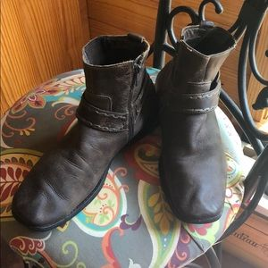 BedStu Oiled Leather Boot